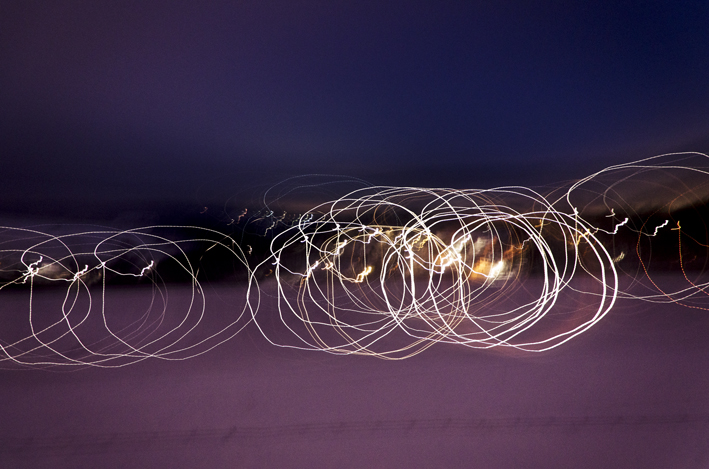 Kreise im Schnee_red