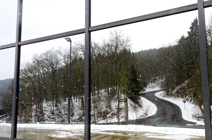 Straße_Winter_Spiegel_red