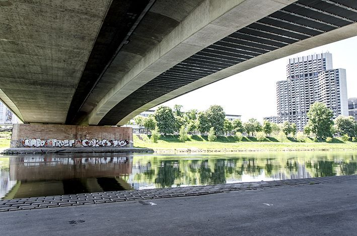 Neckarbrücke 1
